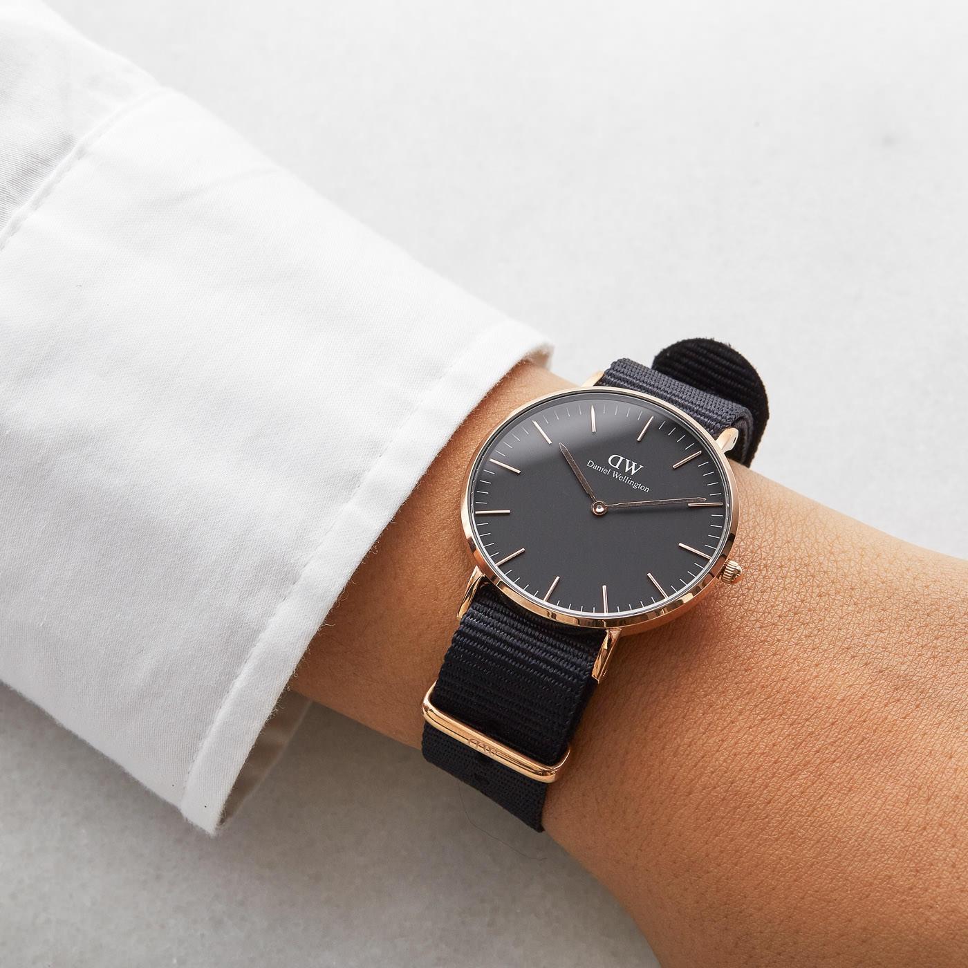 f24e062266241 Daniel Wellington Classic Black watch DW00100150 - Watches