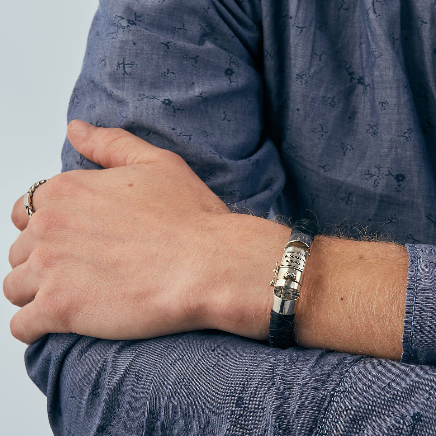 Buddha to Buddha 544BL Ben Black Armband