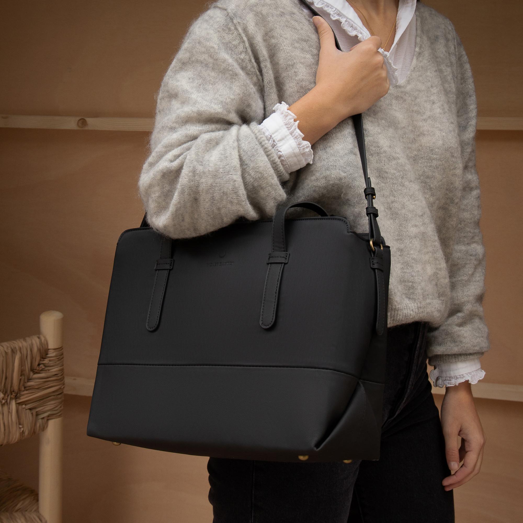 Violet Hamden Essential Bag VH25014